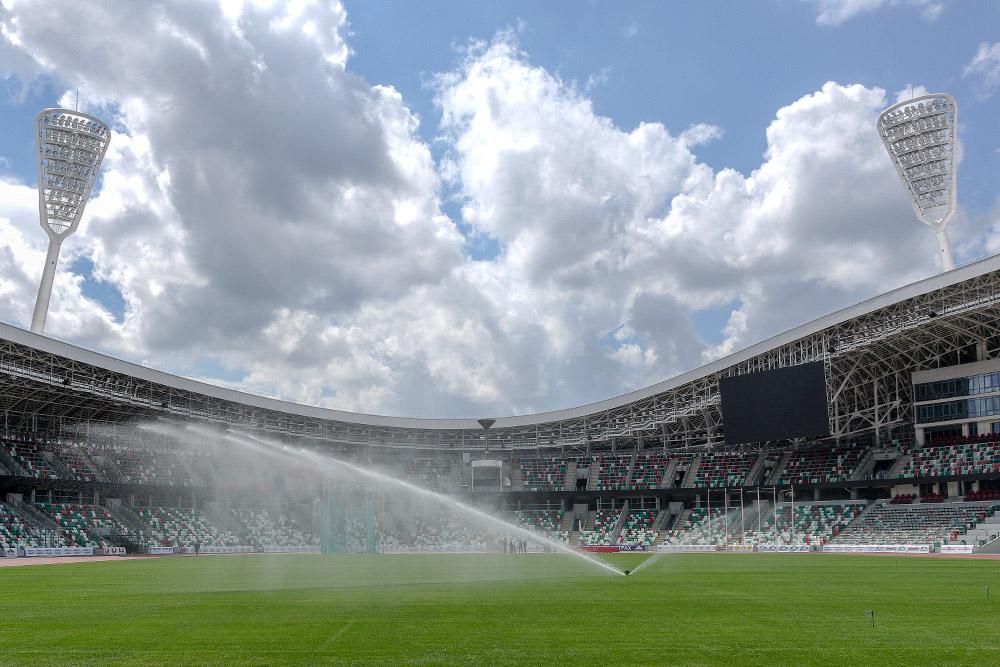строим футбольные поля в России, Беларуси и в Казахстане